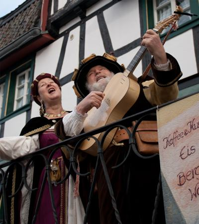 Ohrenfreut bei der Katharinenkirmes in der Stadt Blankenberg